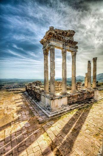 Pergamum Tours